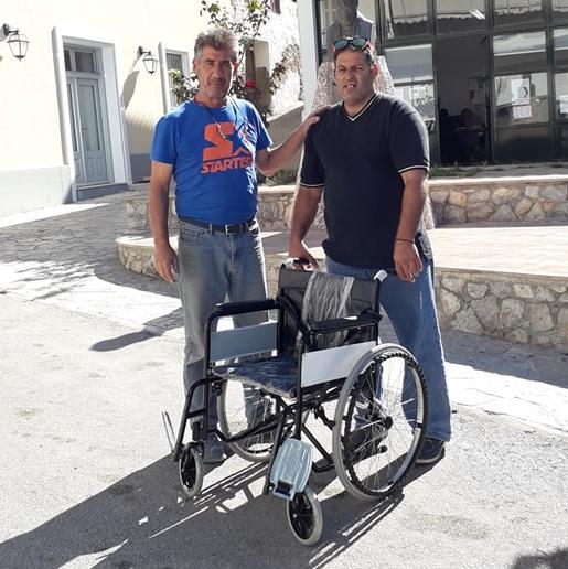 Το 16ο αναπηρικό αμαξίδιο από την ανακύκλωση πλαστικών πωμάτων