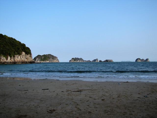 cat co 1 beach cat ba halong bay vietnam