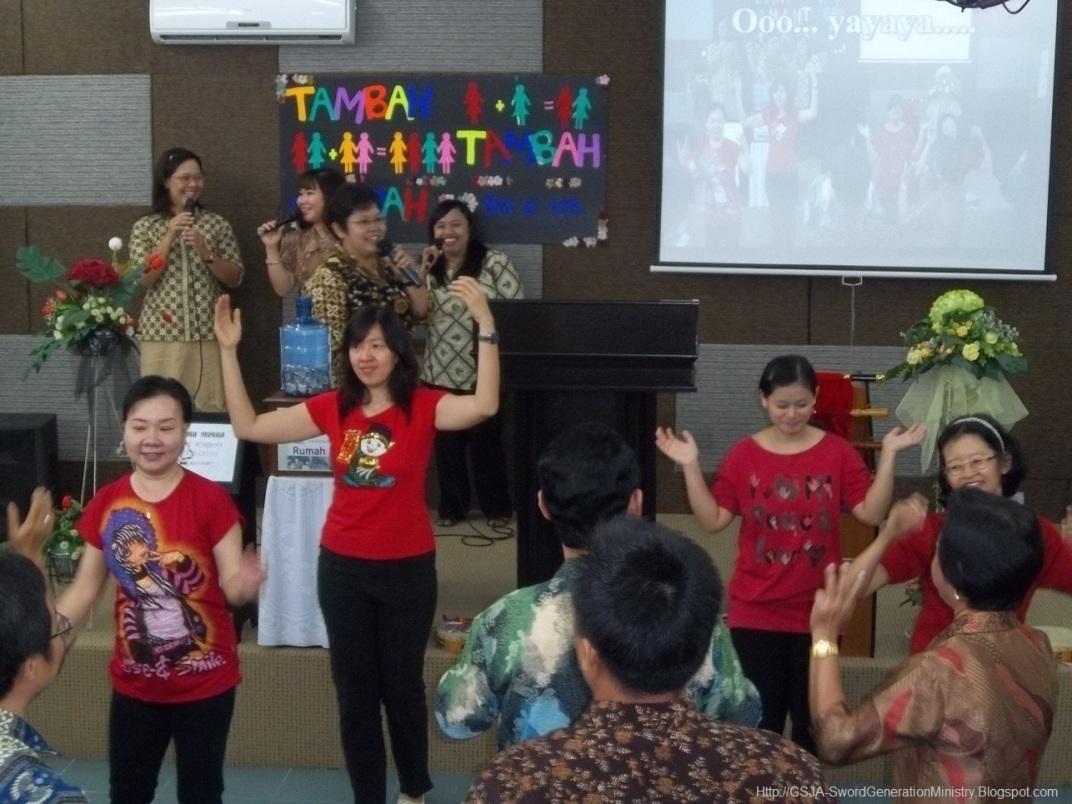 Penari Harnas Wanita GSJA Sword 2011