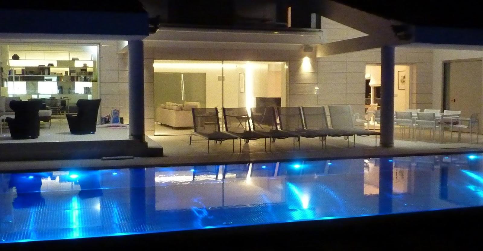 Piscine En Inox Steel And Style steel and style: renovation piscine beton en piscine inox