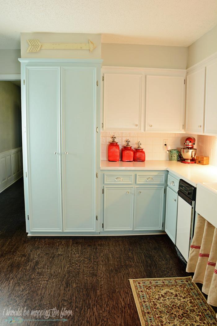 i should be mopping the floor budget friendly kitchen makeover. Black Bedroom Furniture Sets. Home Design Ideas