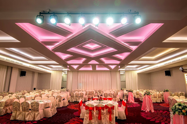 diamond shape ceiling ballroom