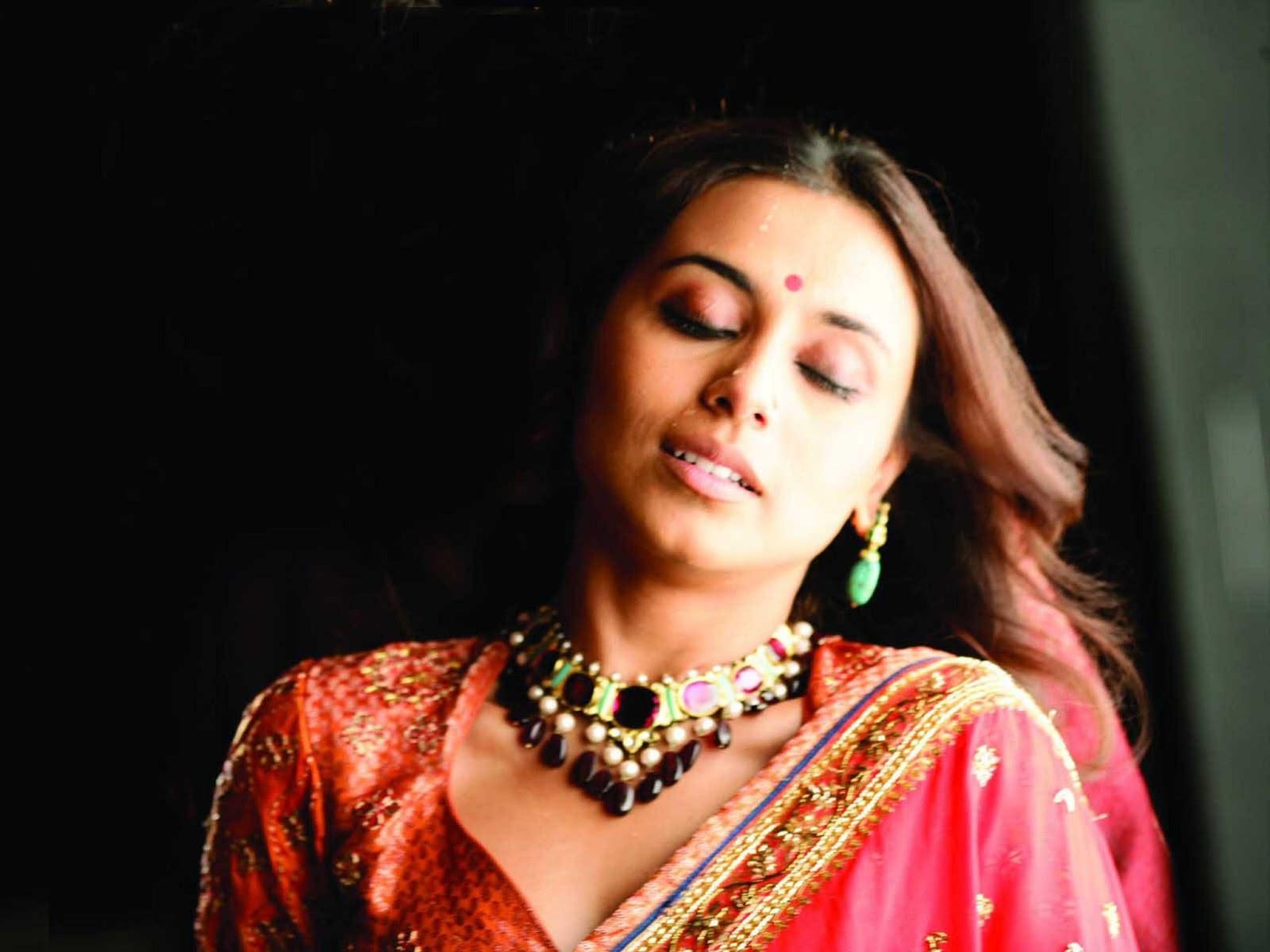 Rani Mukherjee Hot Photos Free Download 1080P  Fine Hd -3952