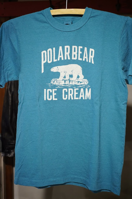 UES POLAR BEAR Tシャツ