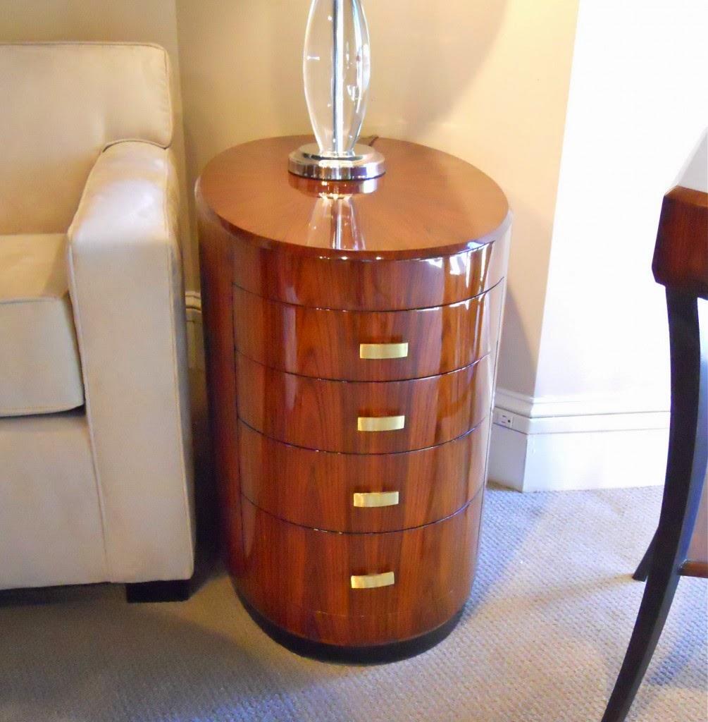 Como limpiar muebles de madera con spray de limpieza