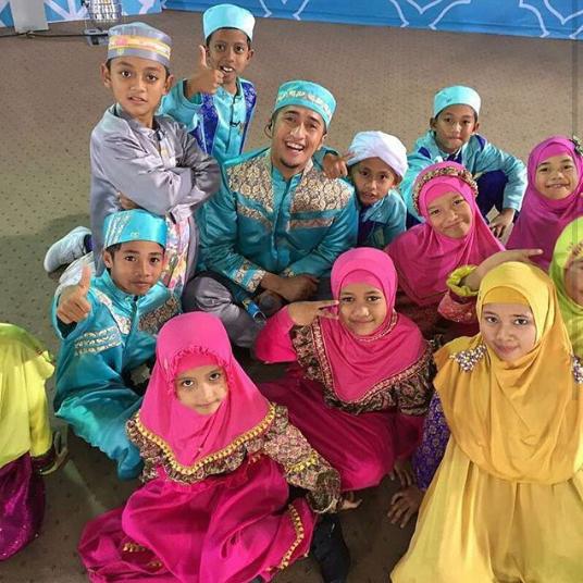 6 FINALIS HAFIZ INDONESIA 2016