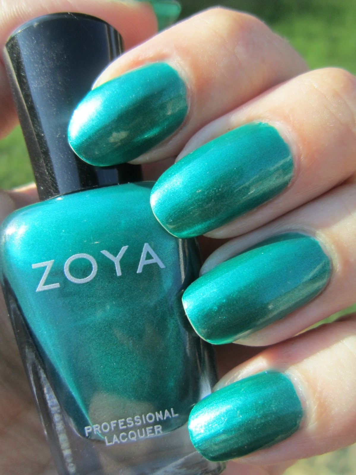 Concrete And Nail Polish Zoya Giovanna