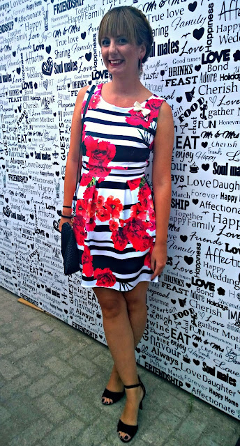 http://sanjaburgundy.blogspot.com/2015/09/all-dressed-up.html