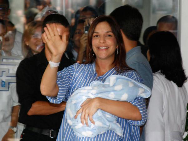 Nasce Marcelo filho da Ivete Sangalo e Daniel Cardy