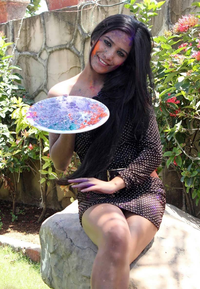 Mallu film actress aunty having sex with neighbor - 5 3