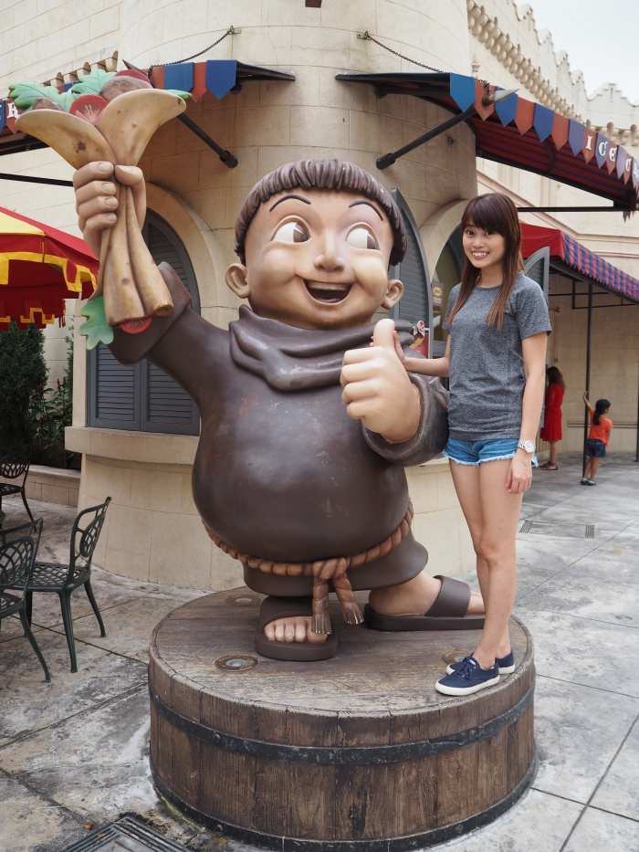 Universal Studios Singapore - Far Far Away   joanne-khoo.com