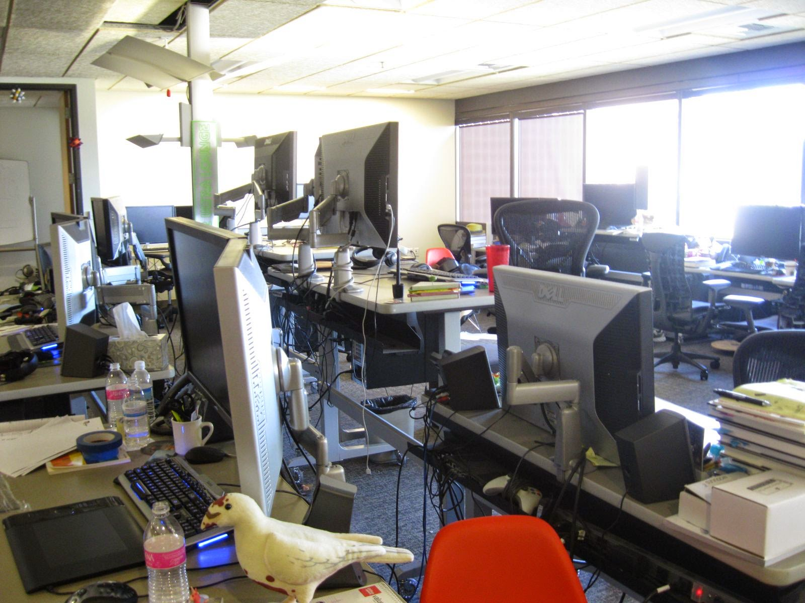 Packed In So Ly That Occasionally A Person Would Lower Or Raise Their Desks And It Get Caught Against Other Nearby One Long Time Valve