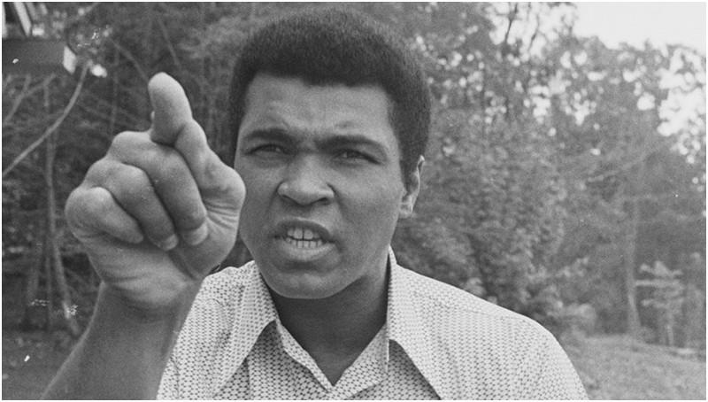 Muhammad Ali dimakamkan seminggu setelah meninggal
