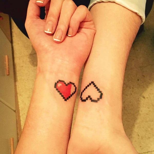 Verführerische Herz-Tattoos für Frauen 8
