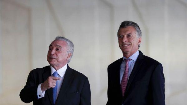 Temer alaba impopular reforma previsional de Argentina