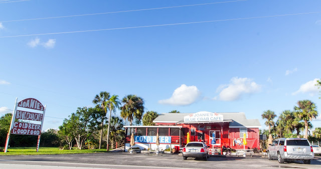 dipitontour - Joanie's Blue Crab Cafe, Florida Everglades