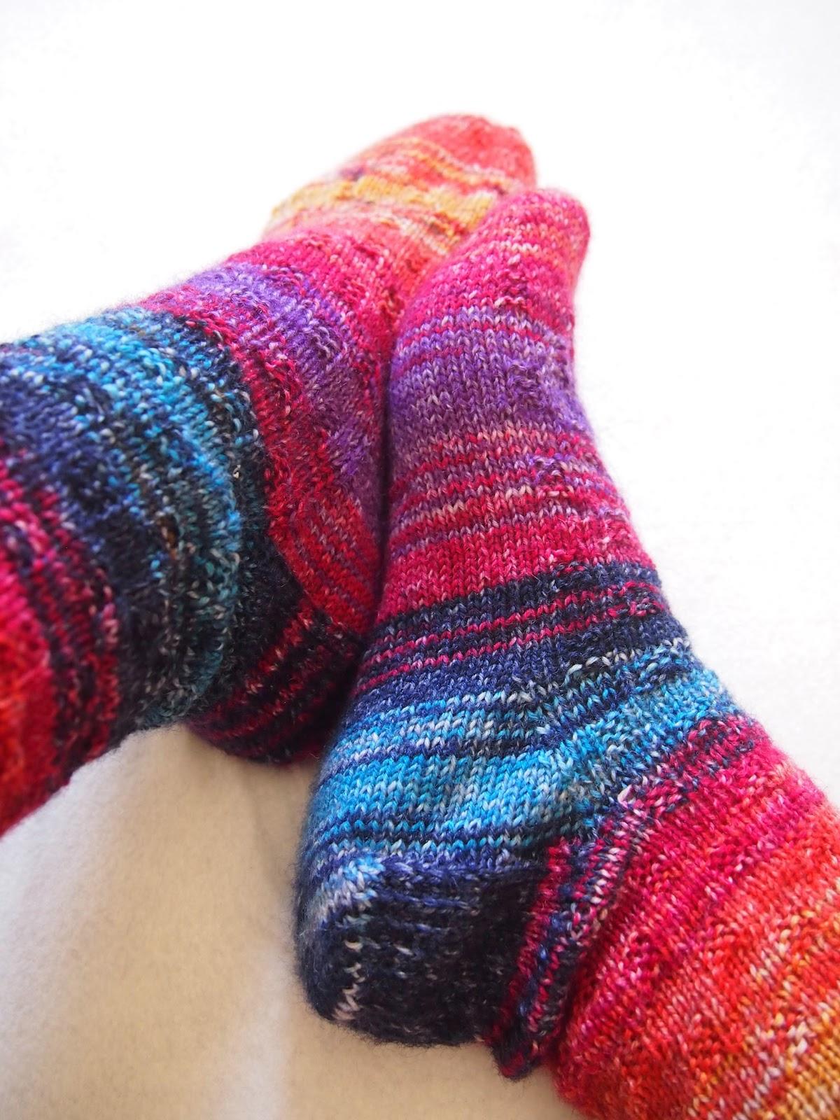 Nightingale & Dolittle: Knitting: My first socks!