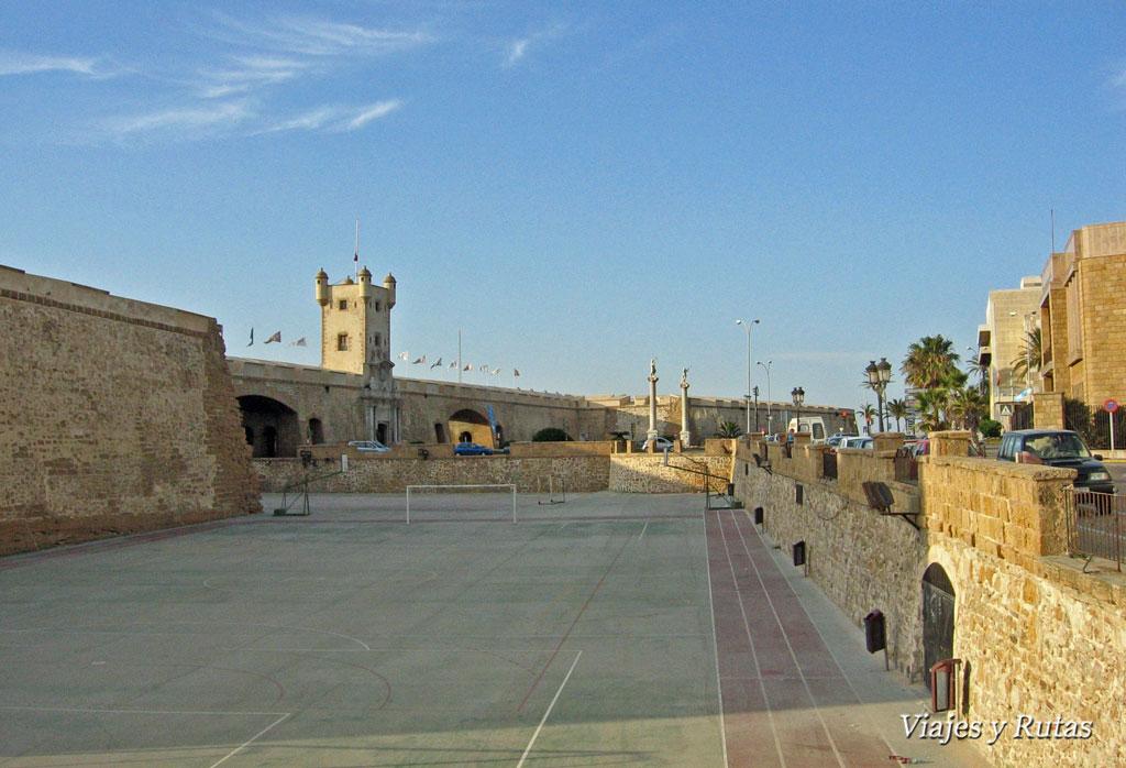 Puerta de Tierra y baluartes, Cádiz