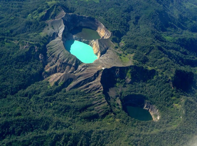 Three Colorful Crater Lakes Of Kelimutu Volcano,Indonesia