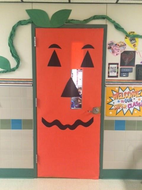 Crafty Texas Girls: Pumpkin Door Decoration