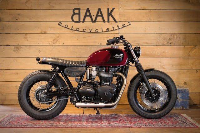 BAAK Motorcyclettes T120 LA Machine