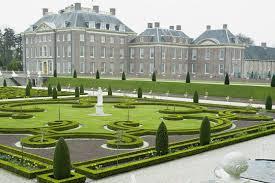 Ilclanmariapia il palazzo di het loo for Arredi parigini subito