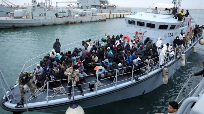 Up to 100 refugees feared drowned off Libyan coast