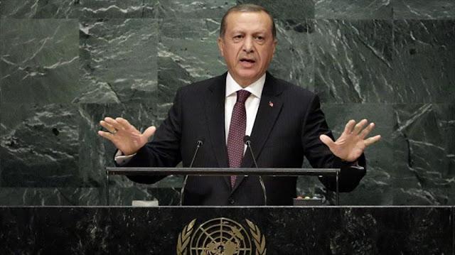 Erdogan defiende extender estado de emergencia tras golpe militar