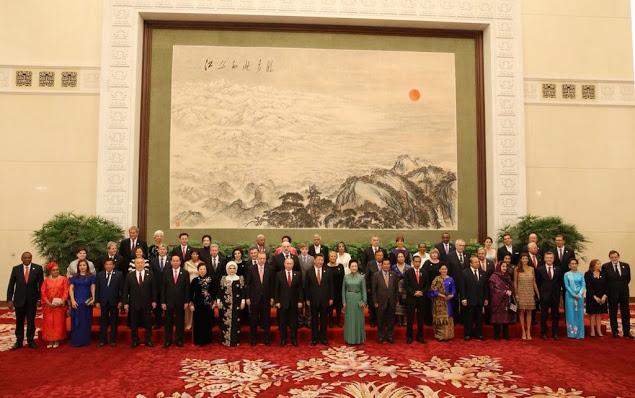Istri Presiden Erdogan Percaya Diri dan Bangga Berjilbab di KTT China