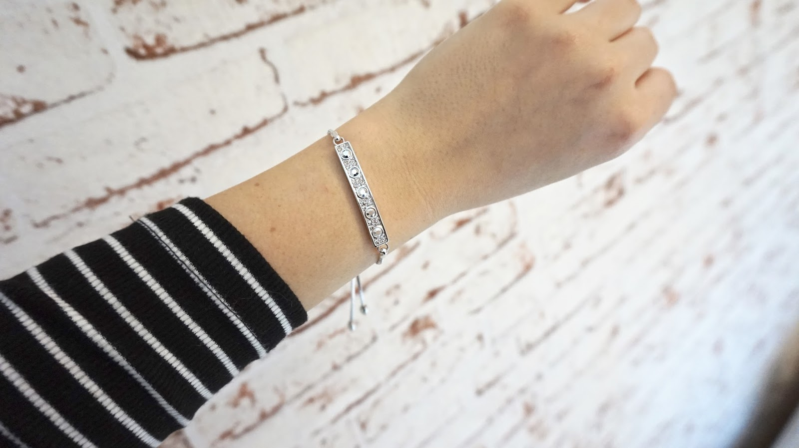 See my lovely Buckley London Friendship bracelet here