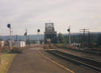 Amtrak B40-8P #808 in Vancouver, Washingon, on July 13, 1997