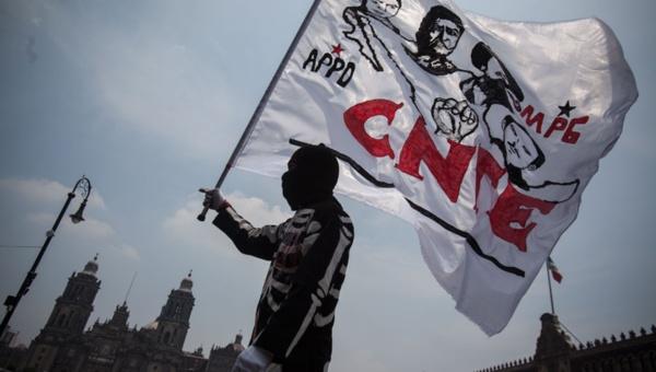 Maestros mexicanos marcharán, tomarán oficinas y harán mitin contra la violencia