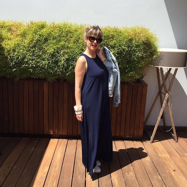 שמלת מקסי כחולה קסטרו