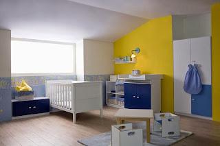 dormitorio en azul y amarillo