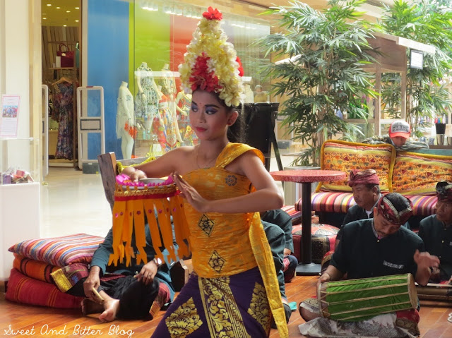 Balinese Dancer at Seminyak Village Mall