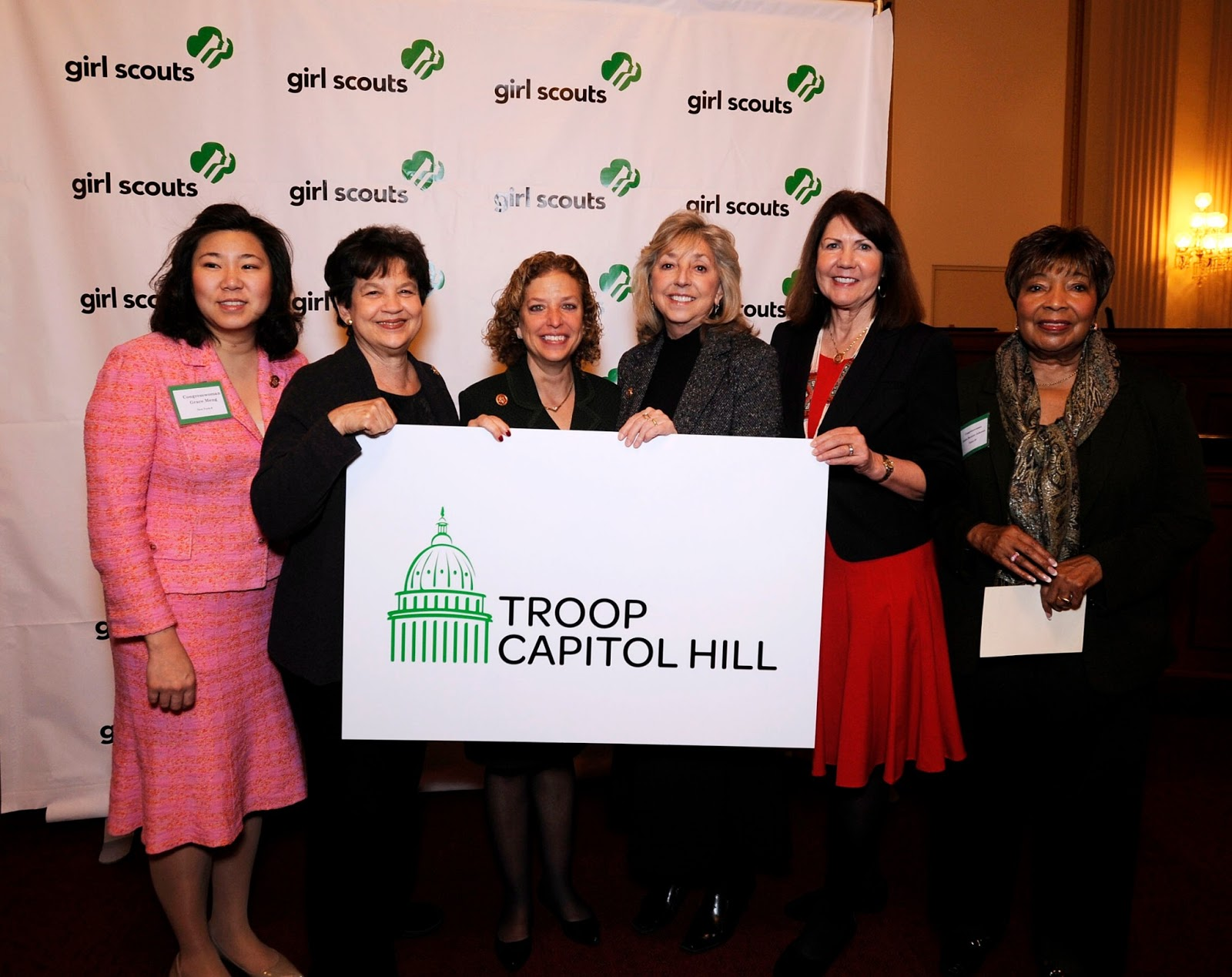 Girl Scouts Leadership Breakfast Launches Girl Scouts Of The Usa Centennial Silver Dollar