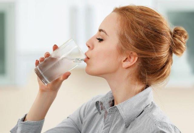 Jangan Jangan Terlalu Sering Minum Air Es Ya Guys