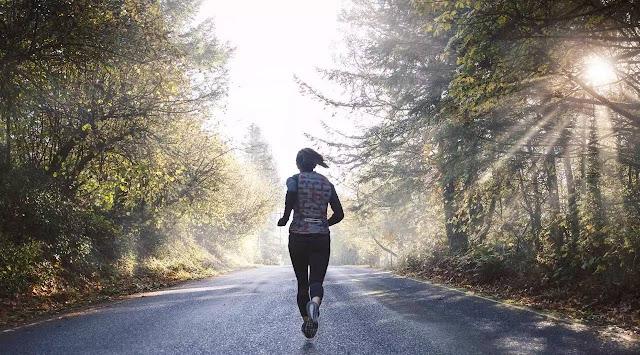 成為強大跑者的秘密:提升步頻