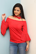 shriya sharma latest glam pics-thumbnail-11