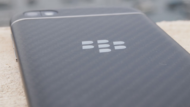 blackberry q10 kevlar weave back