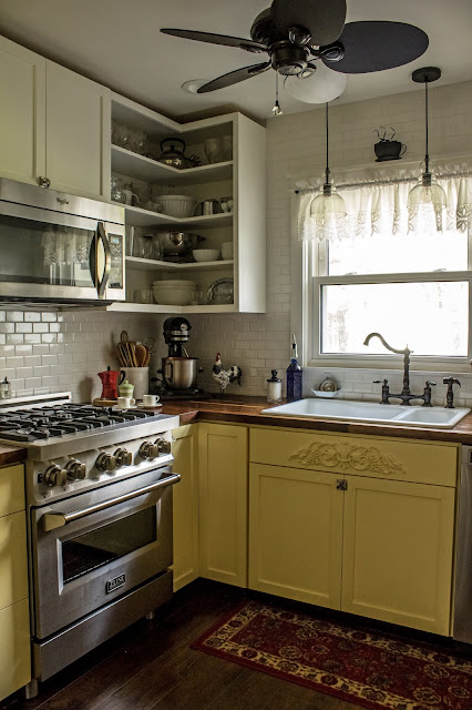 Another view of my yellow kitchen