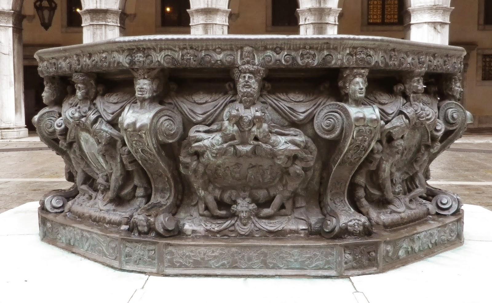 16th century bronze well-head (vera da pozzo), Palazzo Ducale, Venice