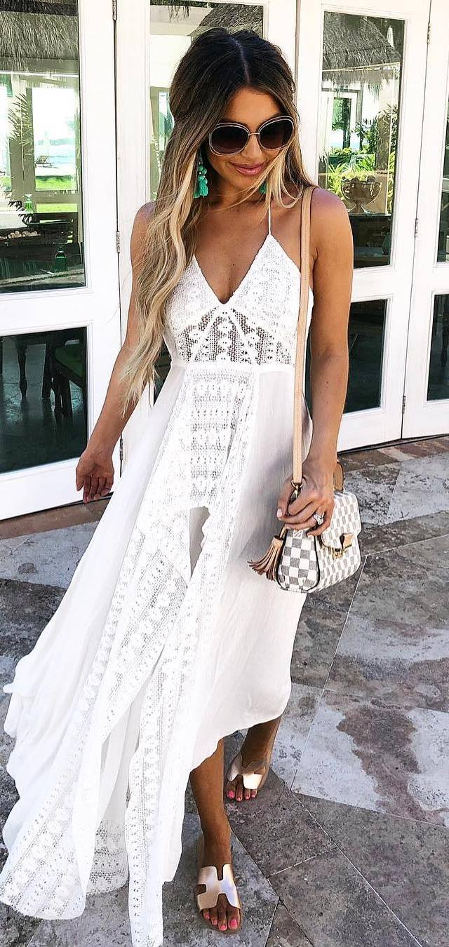 awesome outfit idea / white maxi dress + slides + bag