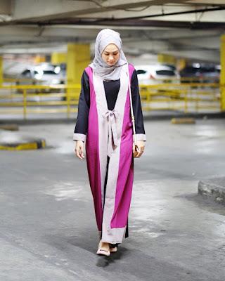 tips cara foto ala selebgram artis ig instagram ngehits terkenal populer fotografi hunting spot angle teknik gambar bagus keren kece kekinian ootd outfit of the day fashion beauty blogger vlogger indonesia