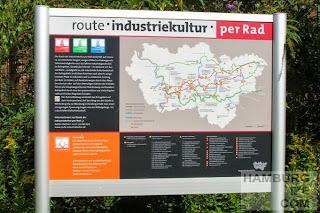 Bochum Westpark, Infotafel am Erzbahn-Radweg
