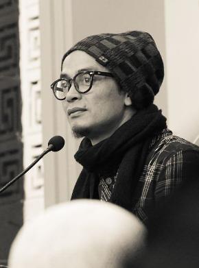 Biografi Ustadz Evie Effendi Ust Gaul Bandung Biografi Tokoh