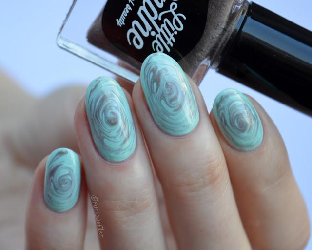 drag marble swirl mint pastel metallic nail art