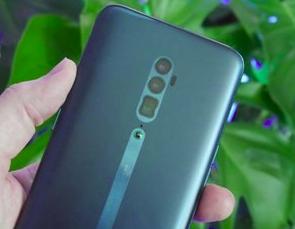 Oppo merupakan brand ponsel yang sekarang menjadi sorotan di Indonesia Spesifikasi, Harga, Keunggulan dan Kekurangan Oppo Reno 5G :Ponsel Tanpa Bezel