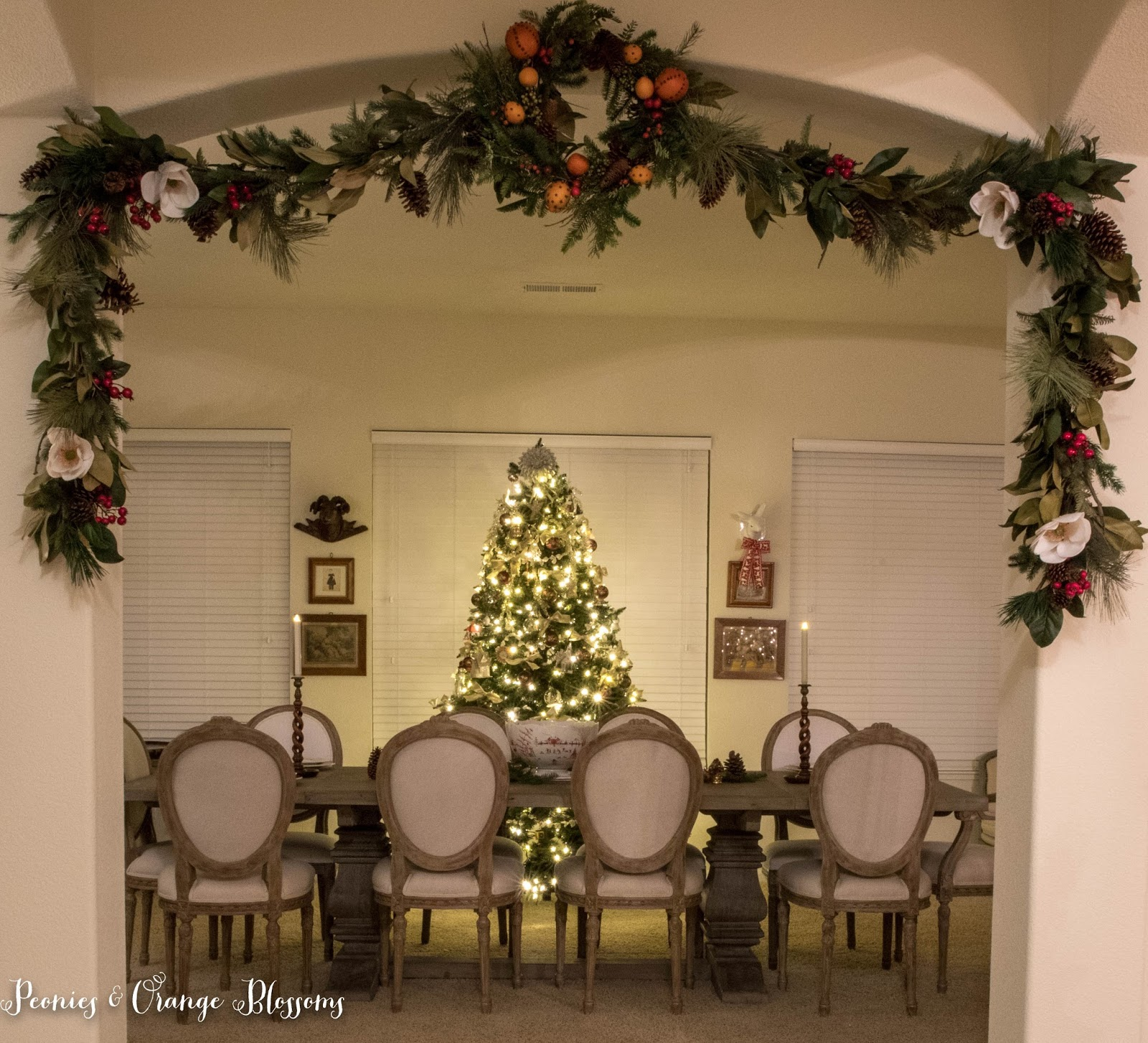magnolia garland decorating ideas