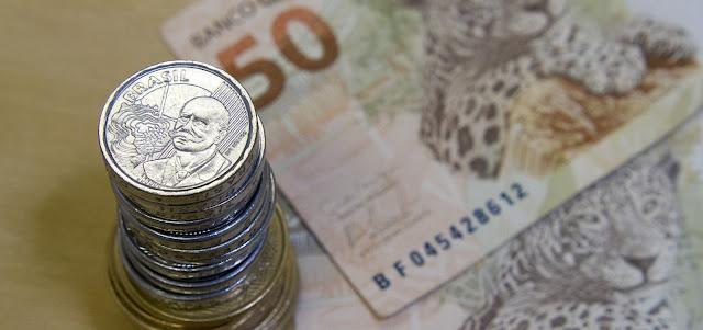 Pagamento do 13º deve injetar mais de R$ 200 bi na economia brasileira